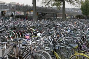 Around 600,00 bikes are used in Amsterdam every day